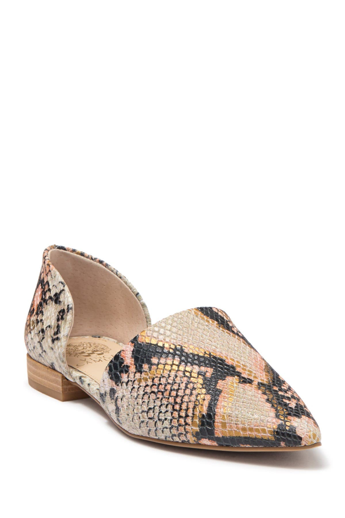 Vince Camuto   Mirarlan Pointed Toe d