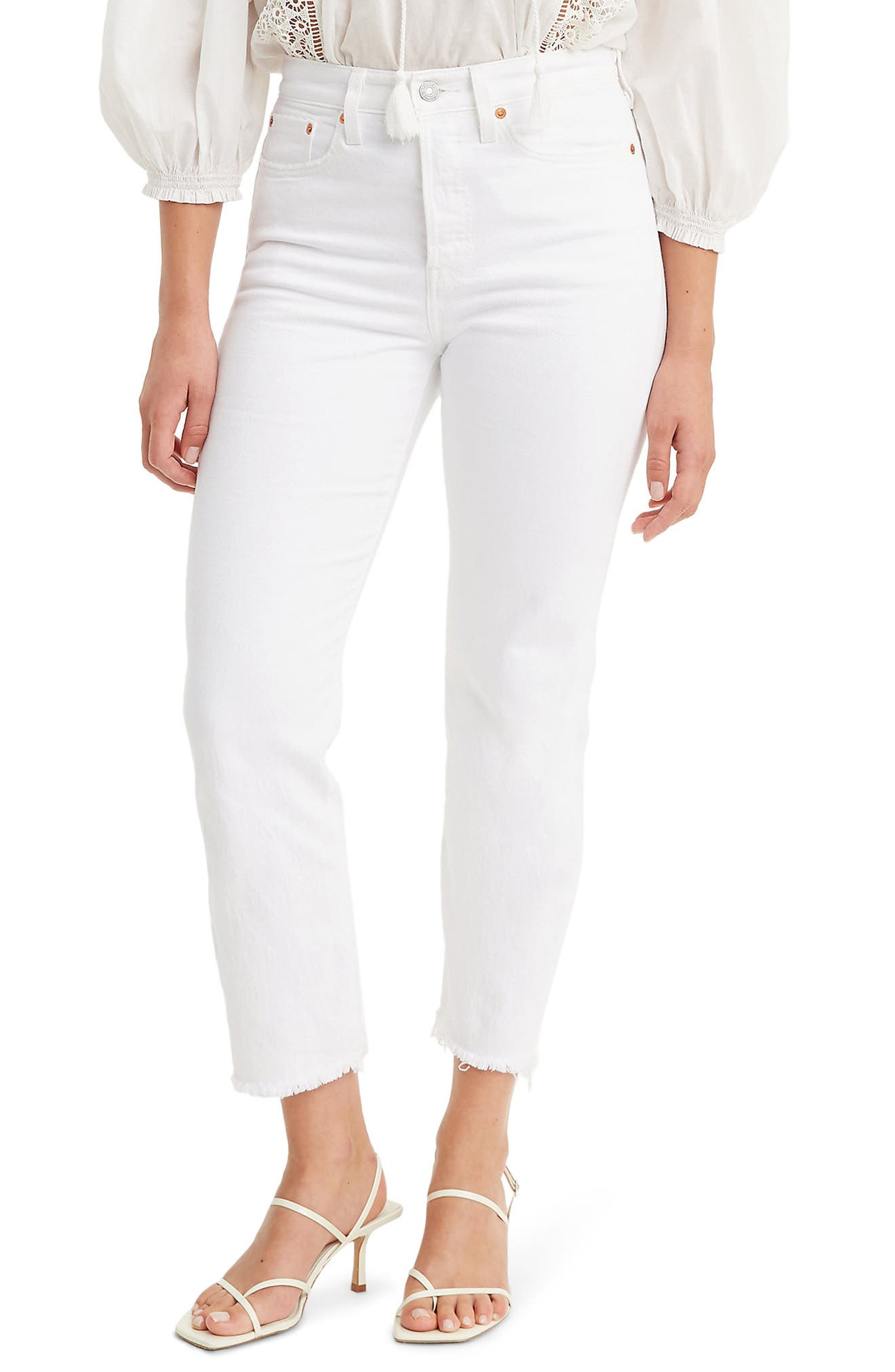 Women's Levi's Wedgie High Waist Raw Hem Crop Straight Leg Jeans,  23 x 26 - White