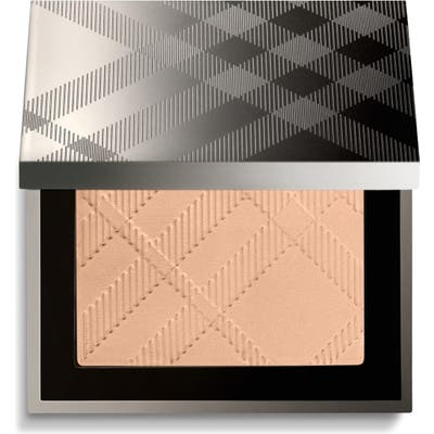 Burberry Beauty Nude Glow Pressed Powder - No. 11 Porcelain