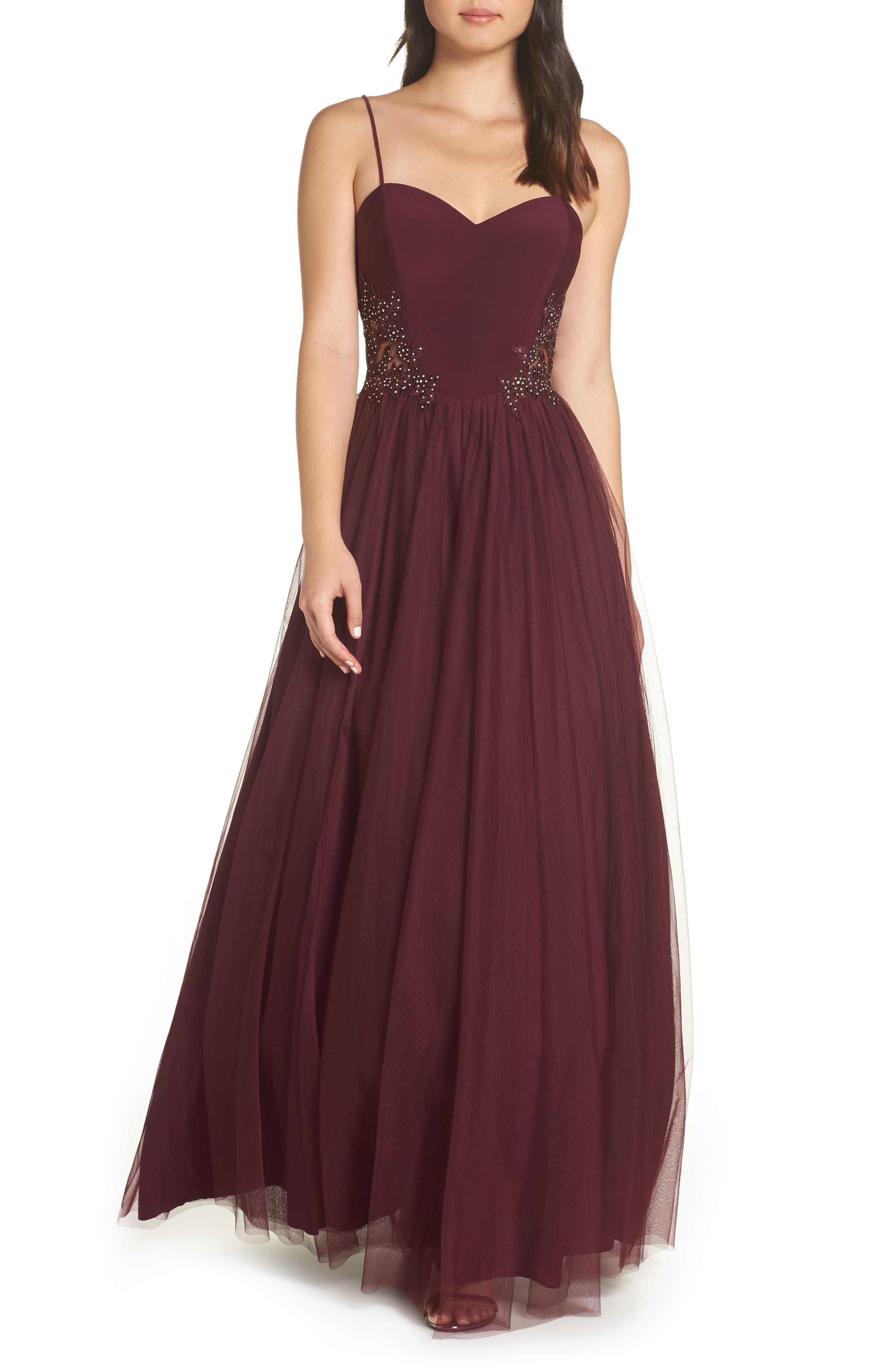 Blondie Nites Sweetheart Chiffon Gown, Burgundy