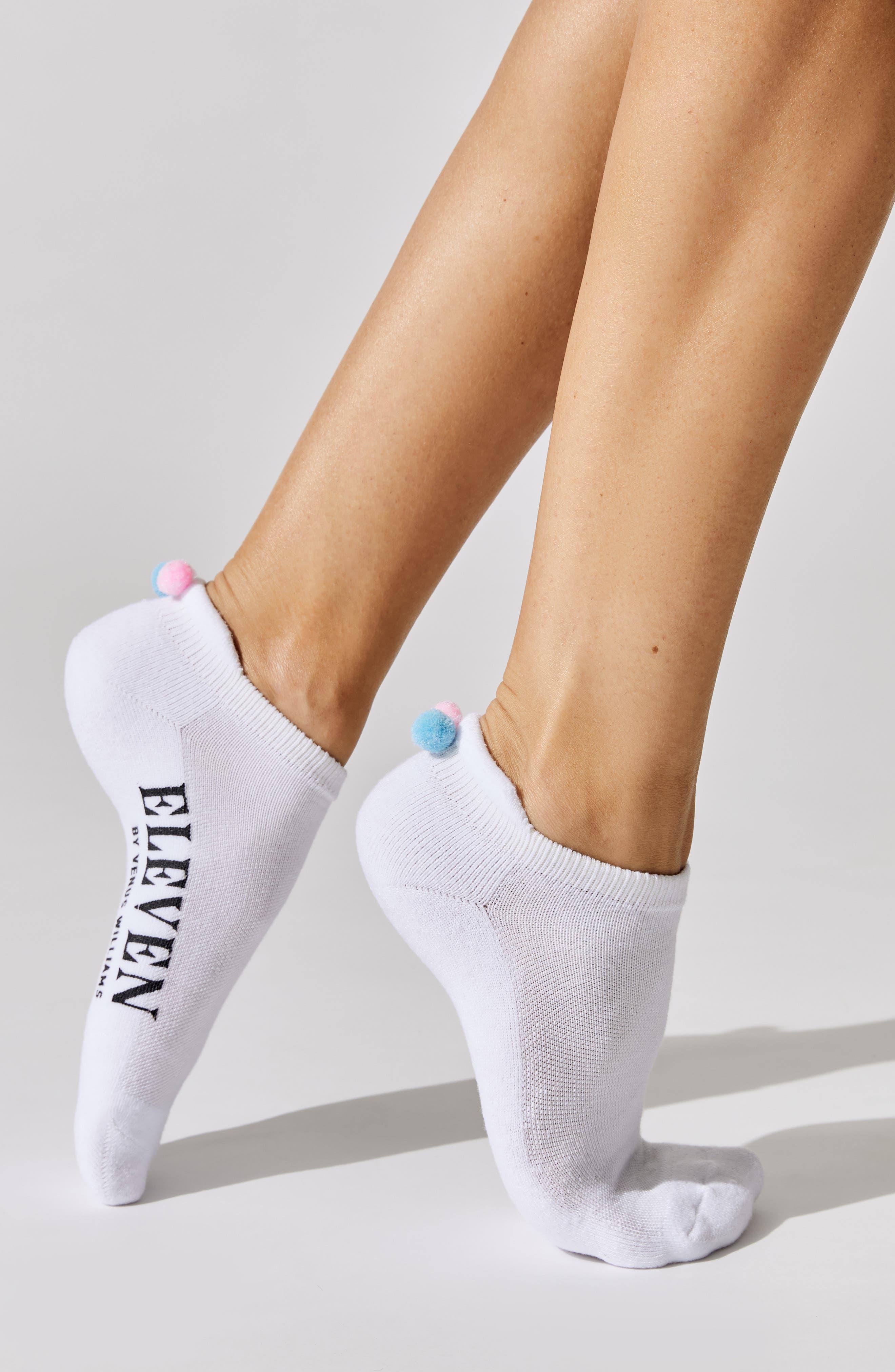 X Carbon38 Pompom No-Show Socks