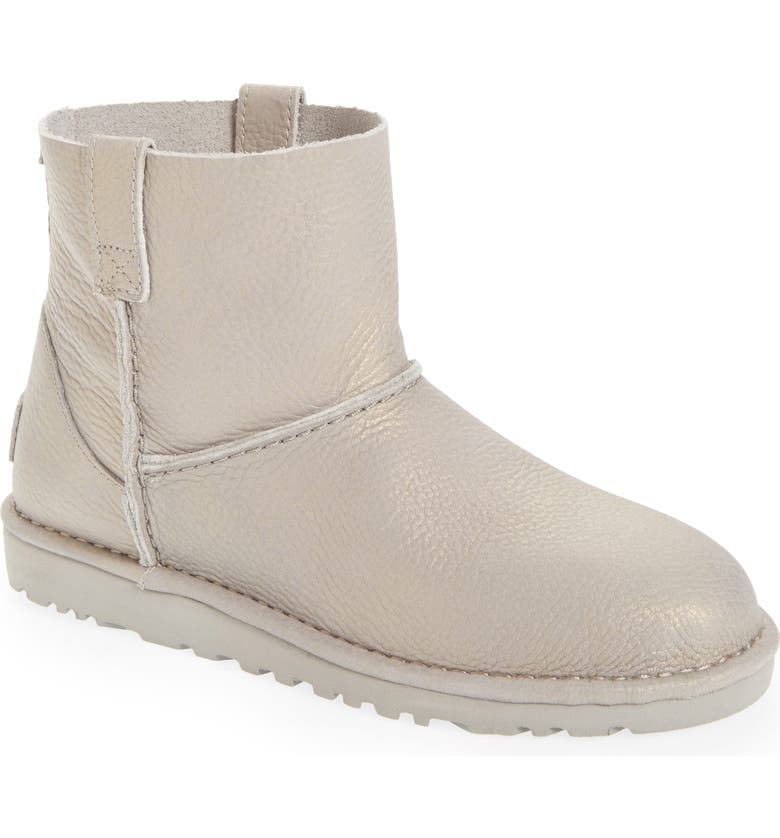 2451f2a3d1a Classic Unlined Mini Boot