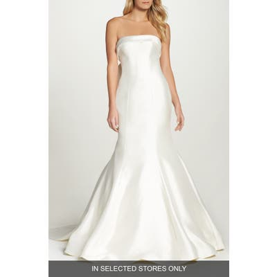 Sareh Nouri Peony Strapless Mikado Trumpet Gown With Bow Train, Size IN STORE ONLY - Ivory