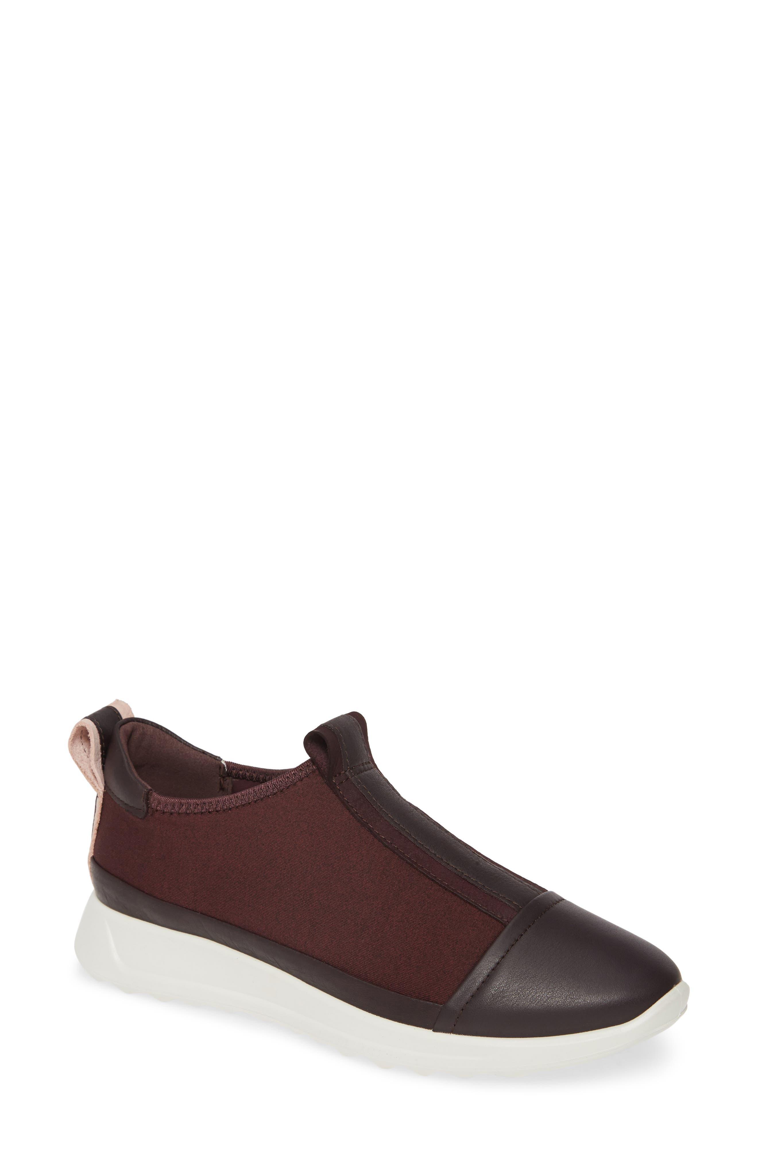 Ecco Flexure Running Shoe, Burgundy