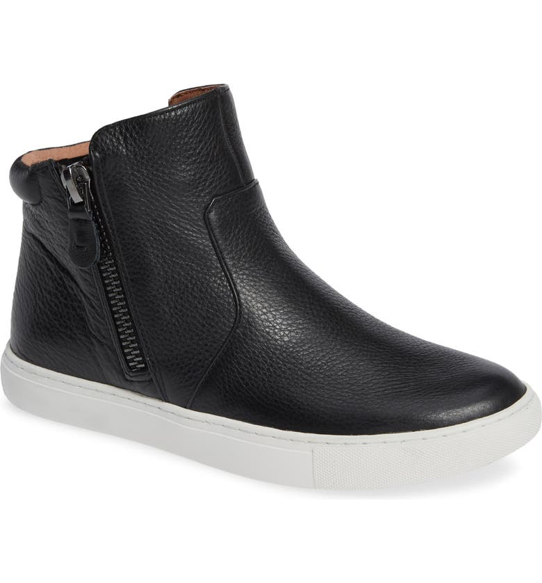 GENTLE SOULS BY KENNETH COLE Carter Bootie, Main, color, 001