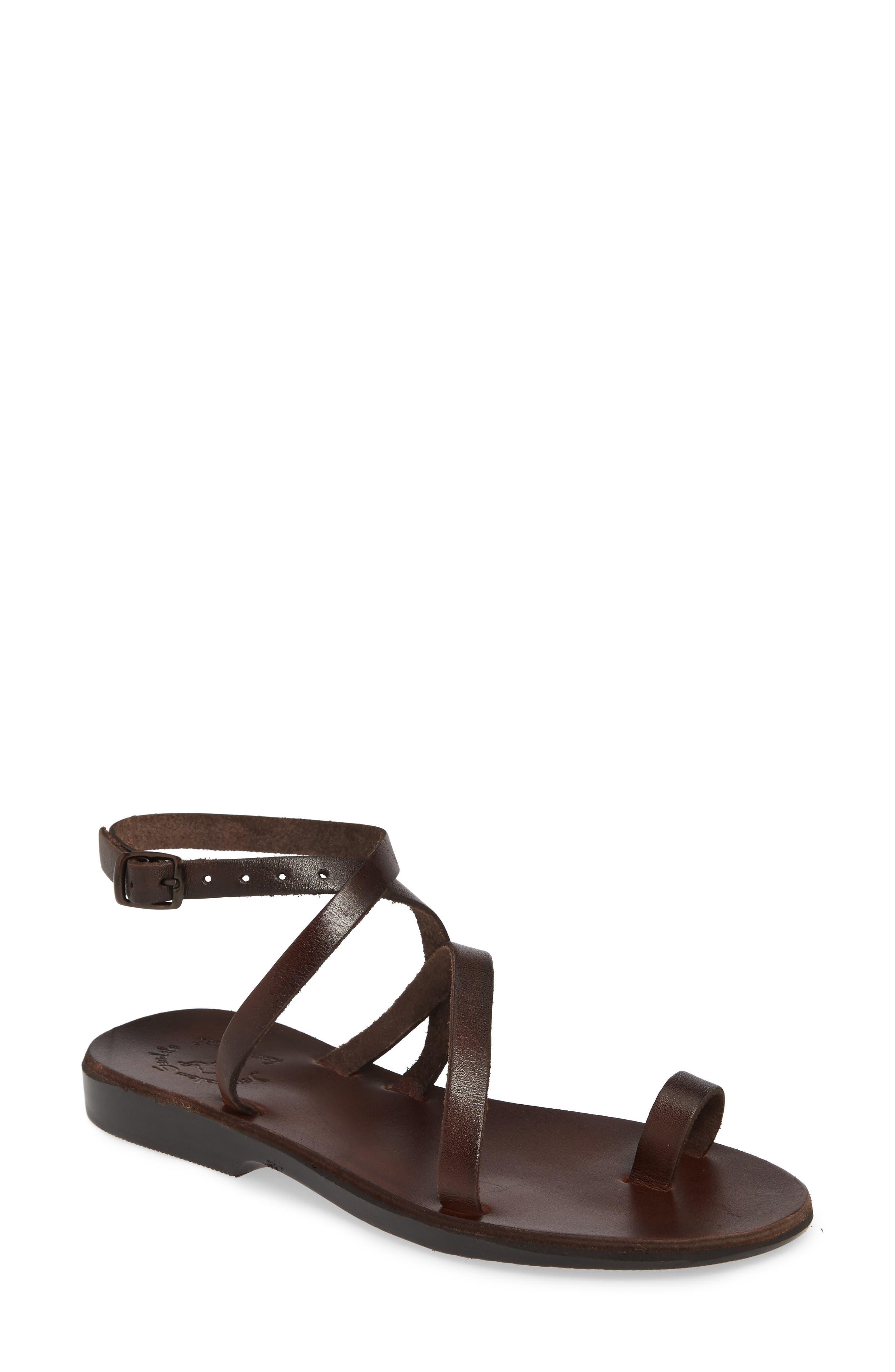Mara Toe Loop Sandal