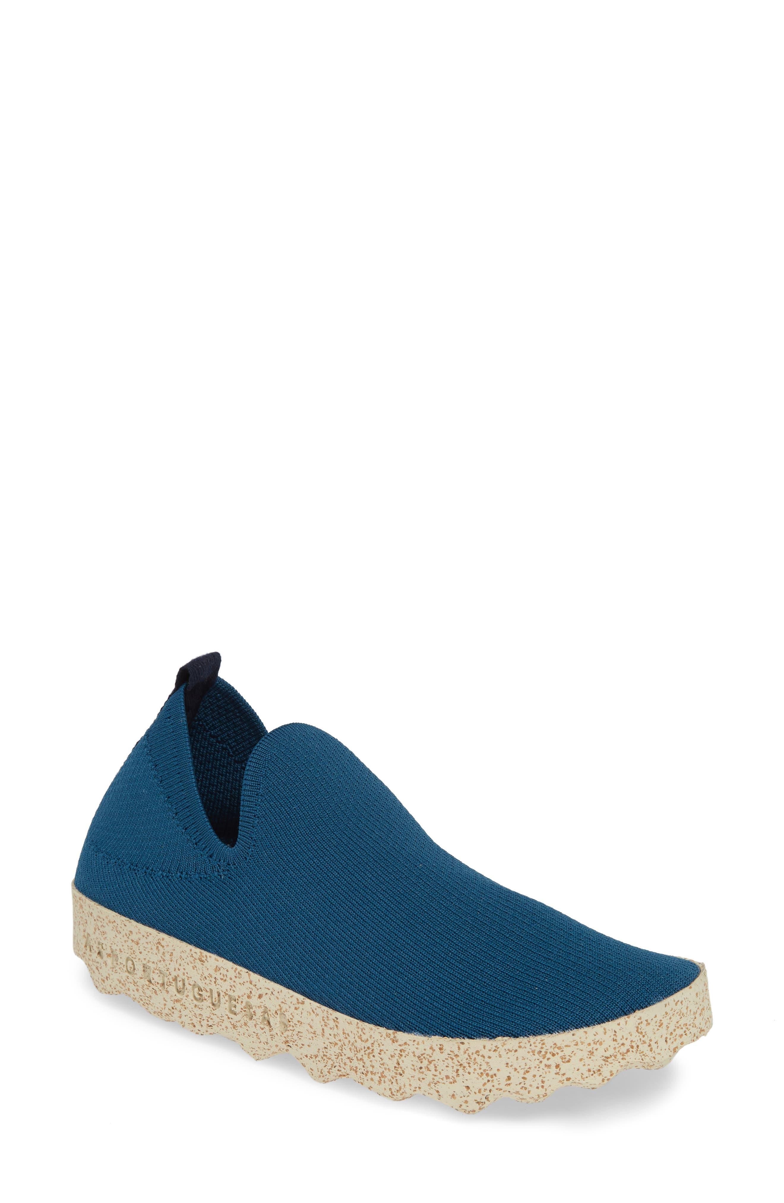 Asportuguesas By Fly London Care Sneaker, Blue