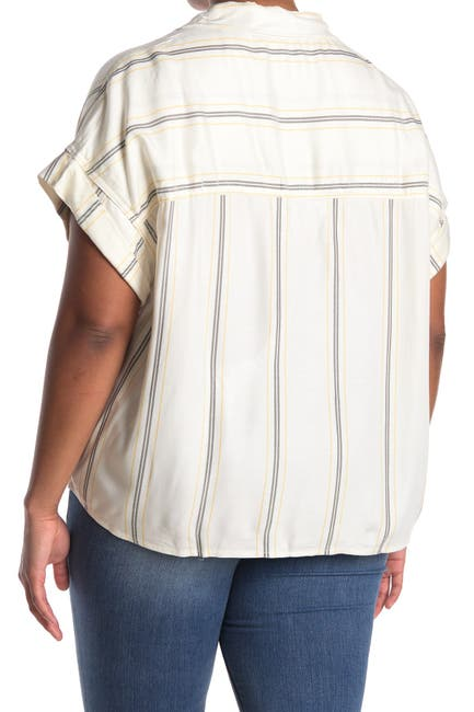Image of Sanctuary Printed Short Sleeve Button Down Shirt