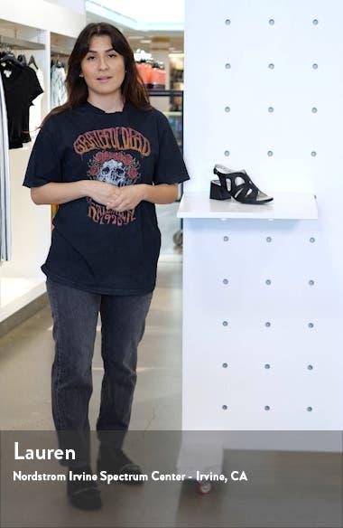 Lari Sandal, sales video thumbnail