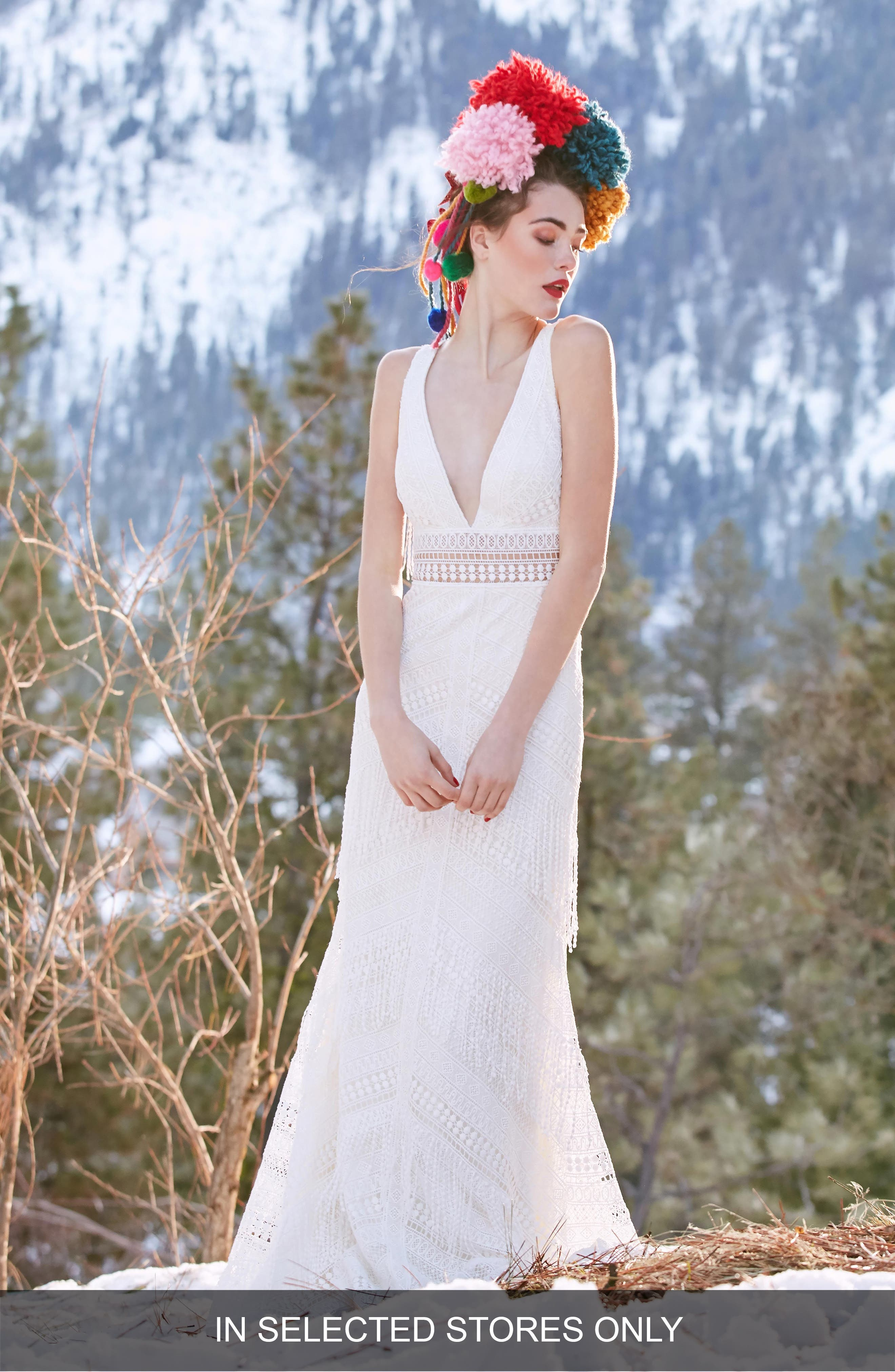 Willowby Woodrose Lace Gown, Size IN STORE ONLY - Ivory