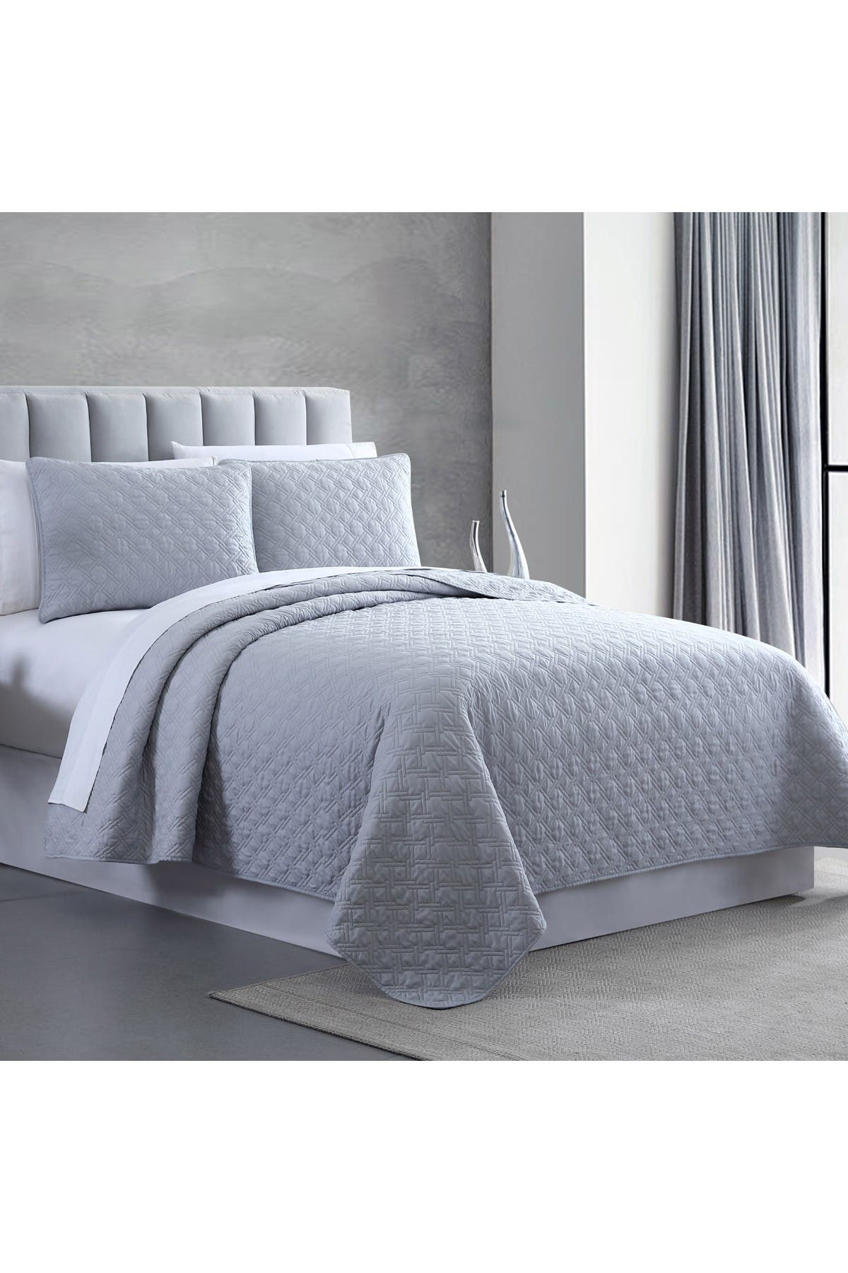 Image of Modern Threads Queen Enzyme Washed Diamond Link Quilted Coverlet 3-Piece Set - Gray