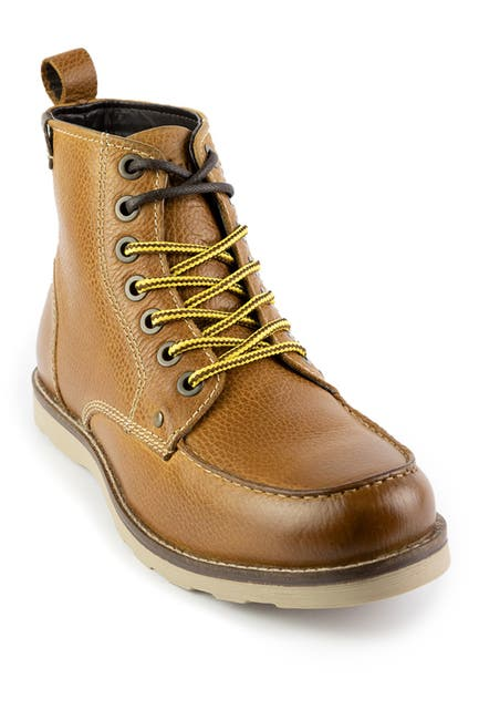 Image of Crevo Buck Moc Toe Boot