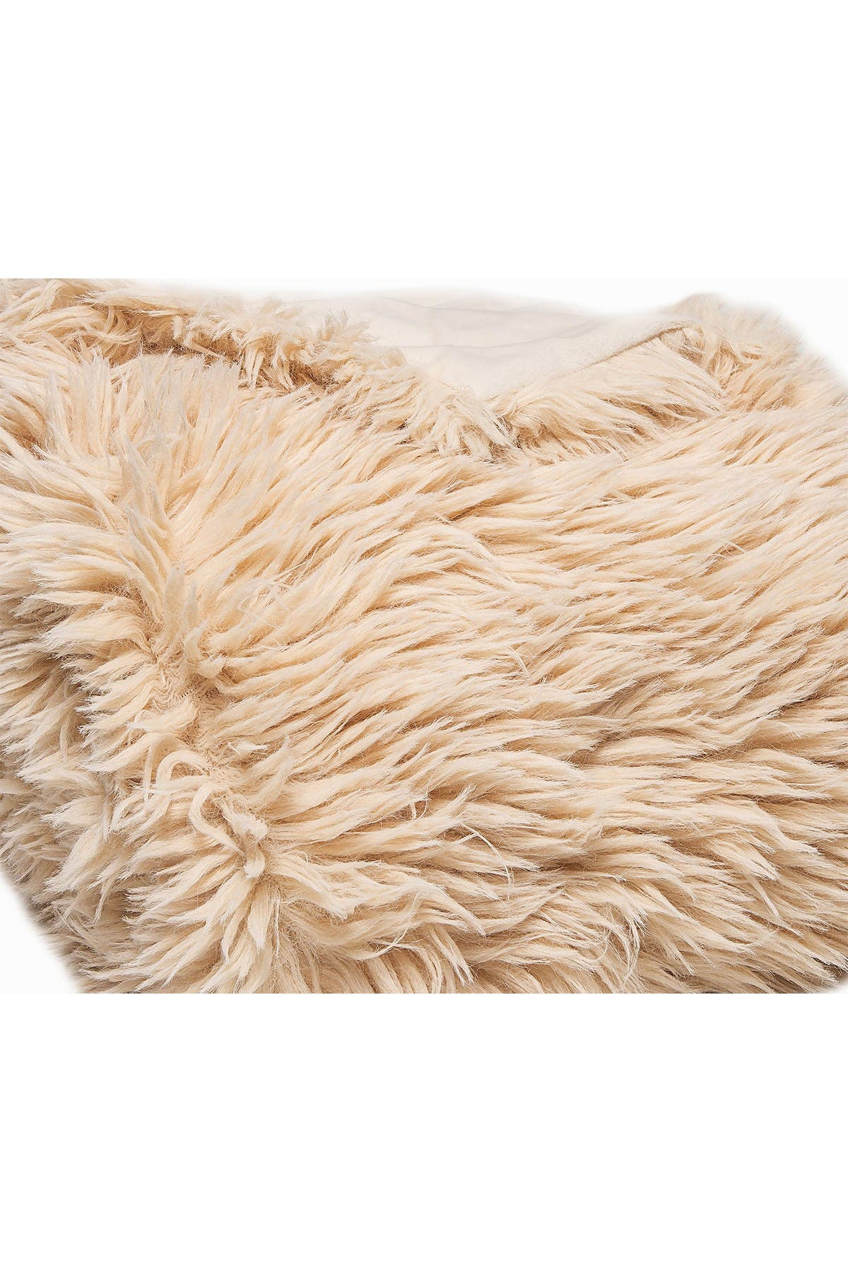 "Image of LUXE Faux Fur Throw - 50"" x 60"" - Tibetan"