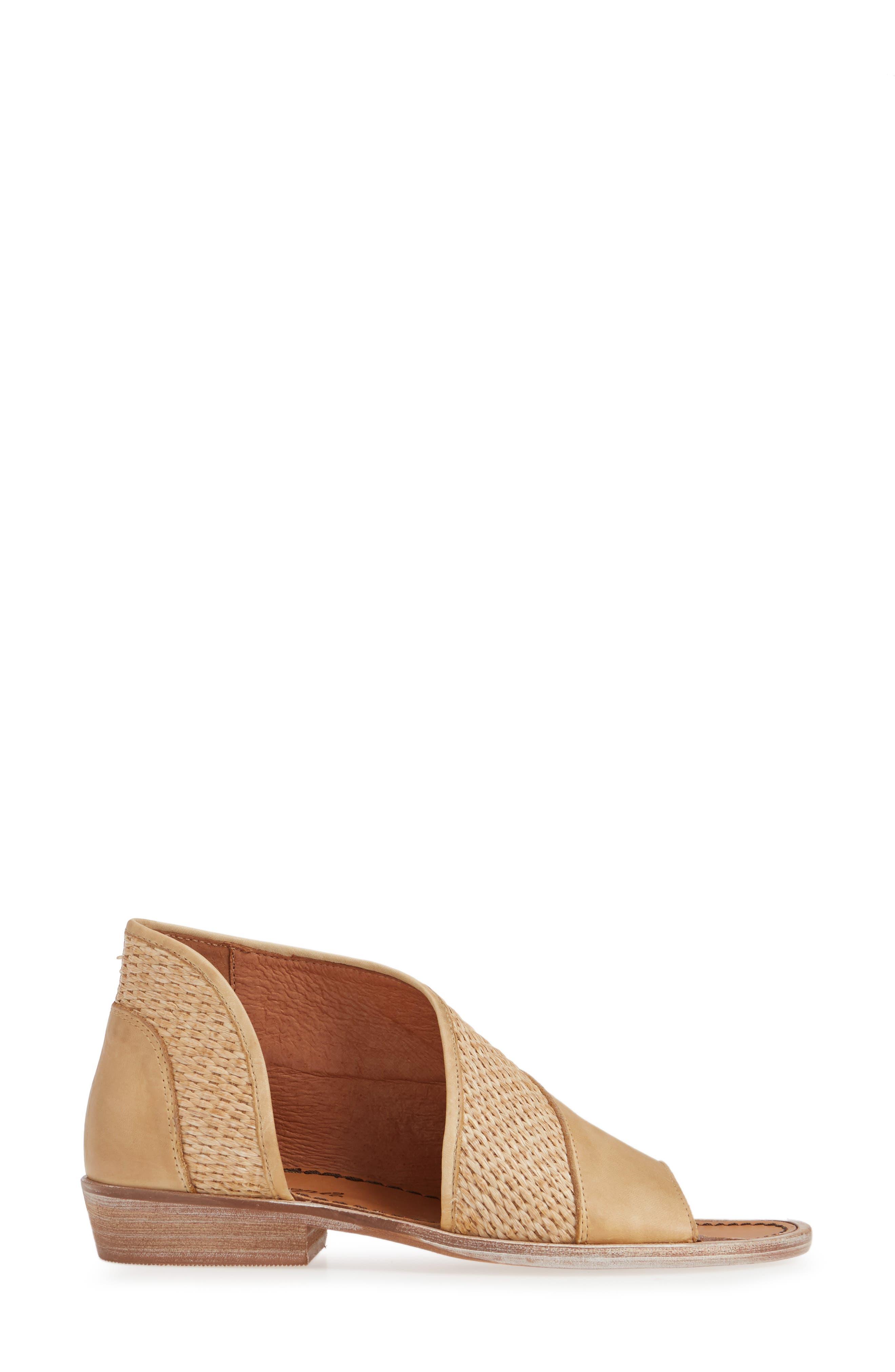 ,                             'Mont Blanc' Asymmetrical Sandal,                             Alternate thumbnail 4, color,                             NATURAL