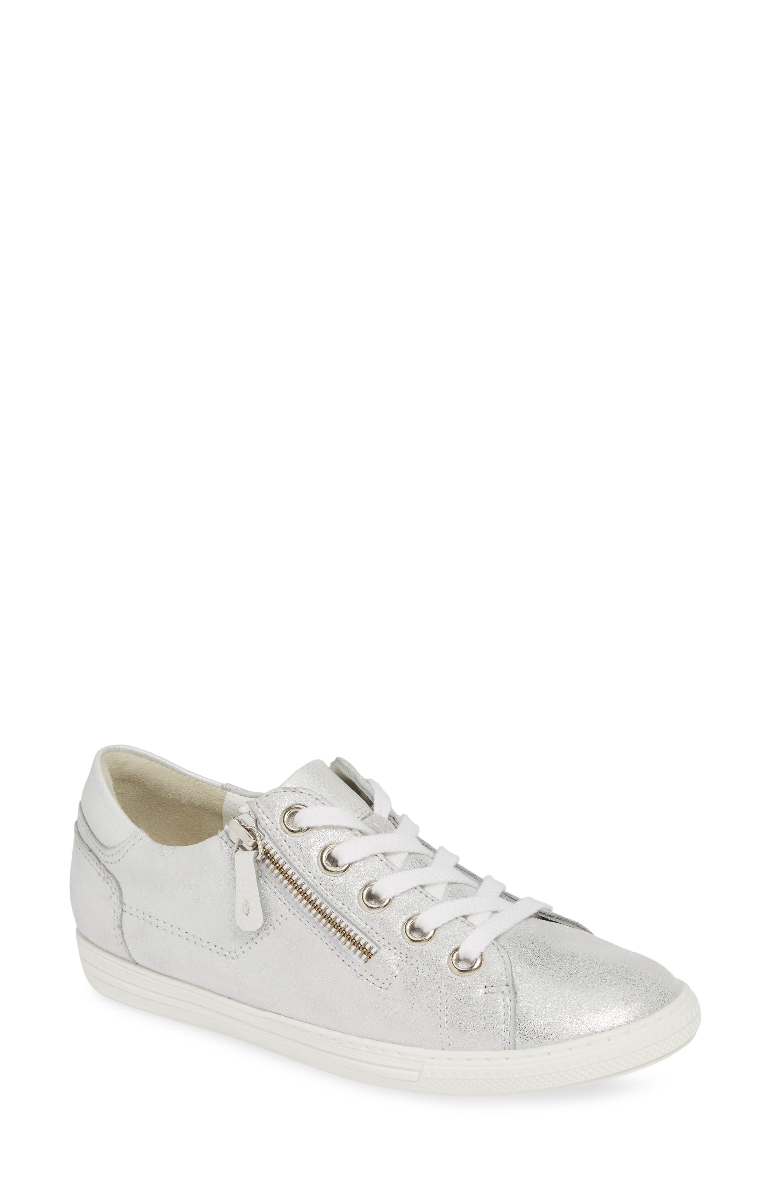 Paul Green Upbeat Metallic Low Top Sneaker - Grey