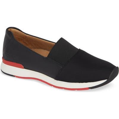 Vionic Cameo Slip-On Shoe- Black