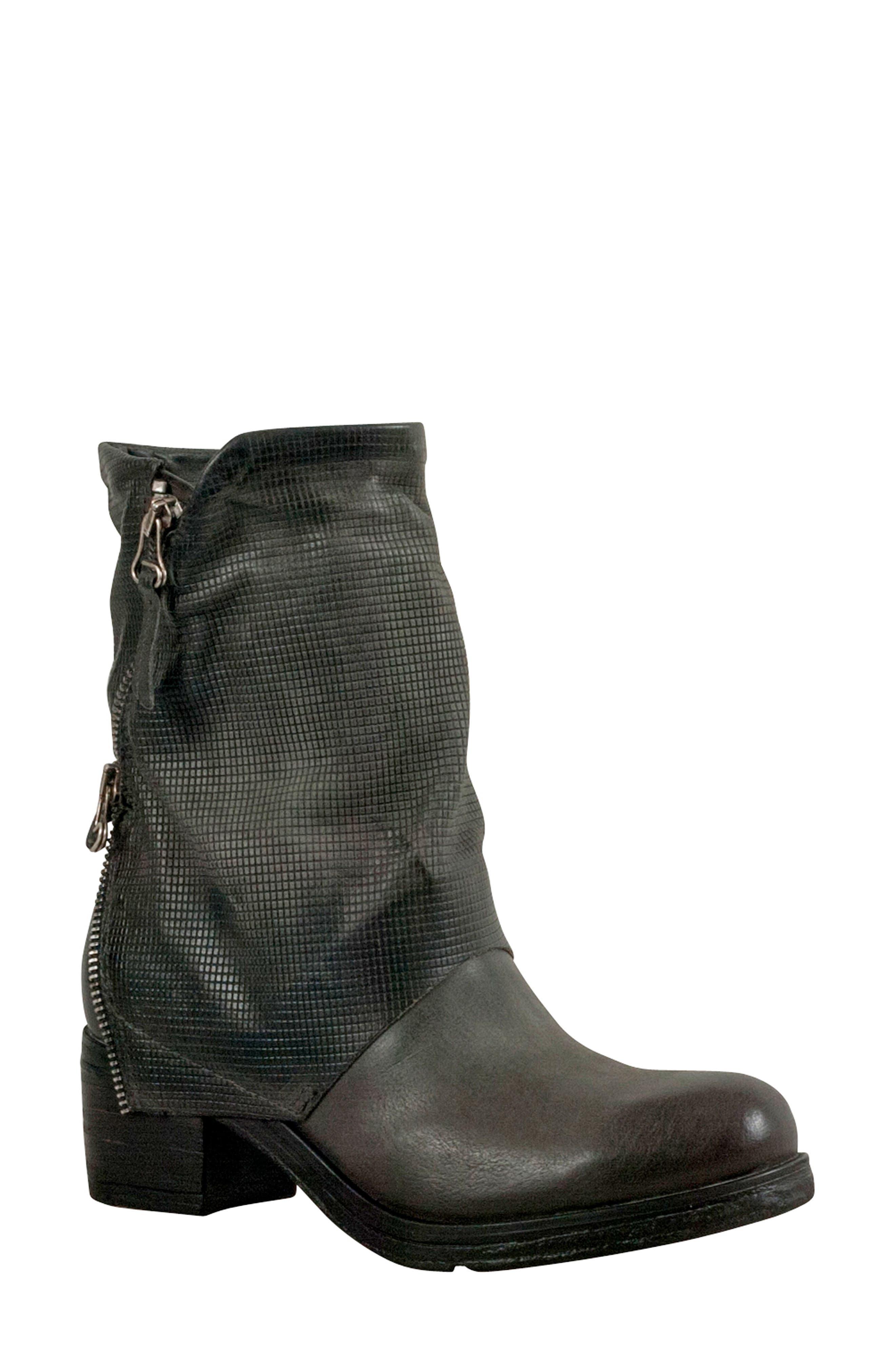 Miz Mooz Skylar Boot Grey
