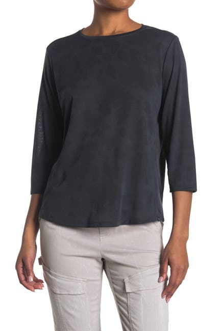 Image of MOUNTAIN HARDWEAR Right On 3/4 Sleeve Performance T-Shirt