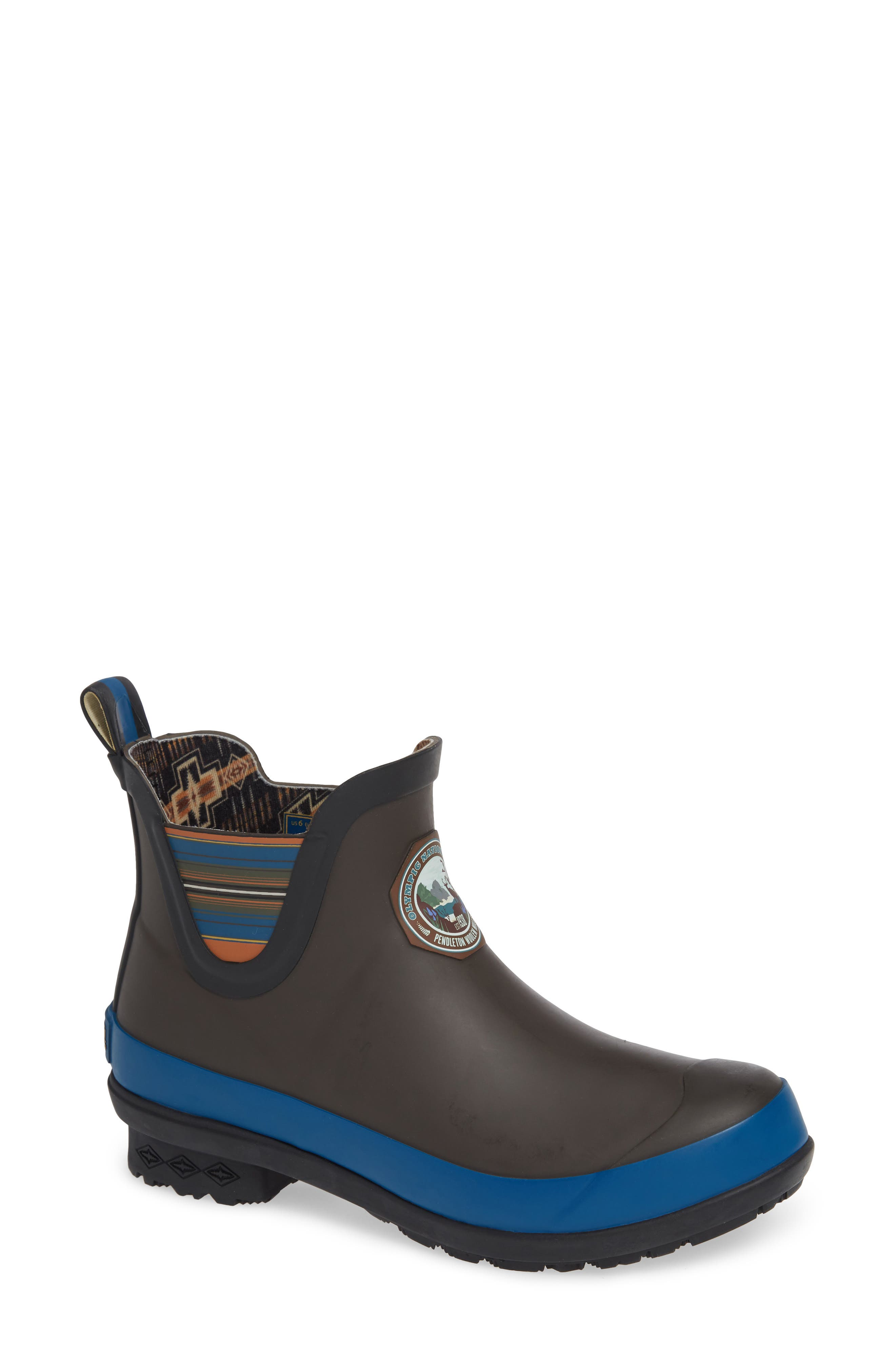 Olympic National Park Chelsea Bootie, Main, color, GREY RUBBER
