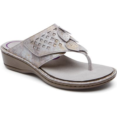 Aravon Cambridge Thong Sandal, Metallic