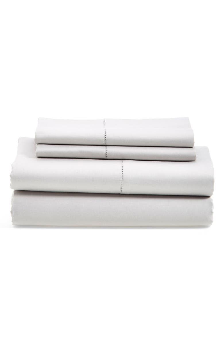 NORDSTROM AT HOME 600 Thread Count Egyptian Cotton Pillowcases, Main, color, GREY VAPOR