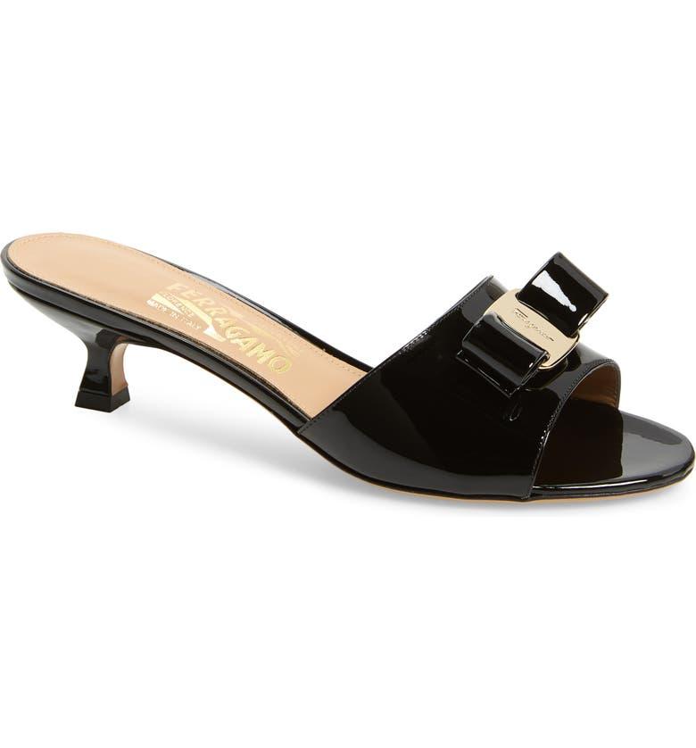 SALVATORE FERRAGAMO Ginostra Bow Slide Sandal, Main, color, BLACK