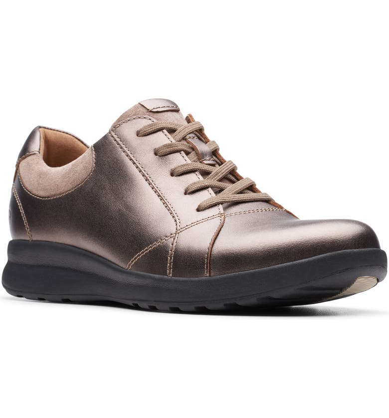CLARKS<SUP>®</SUP> Un Adorn Sneaker, Main, color, PEBBLE METALLIC LEATHER