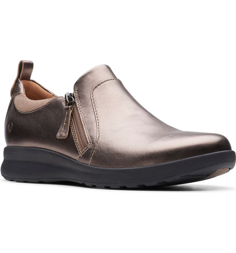 CLARKS<SUP>®</SUP> Un Adorn Zip Sneaker, Main, color, PEBBLE METALLIC SUEDE