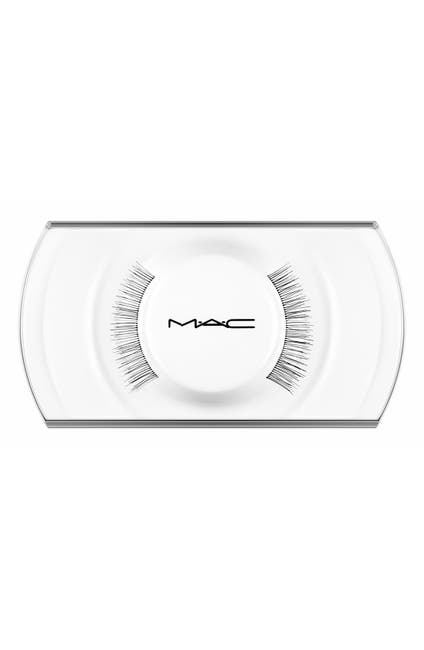 Image of MAC Cosmetics 32 Lash False Lashes
