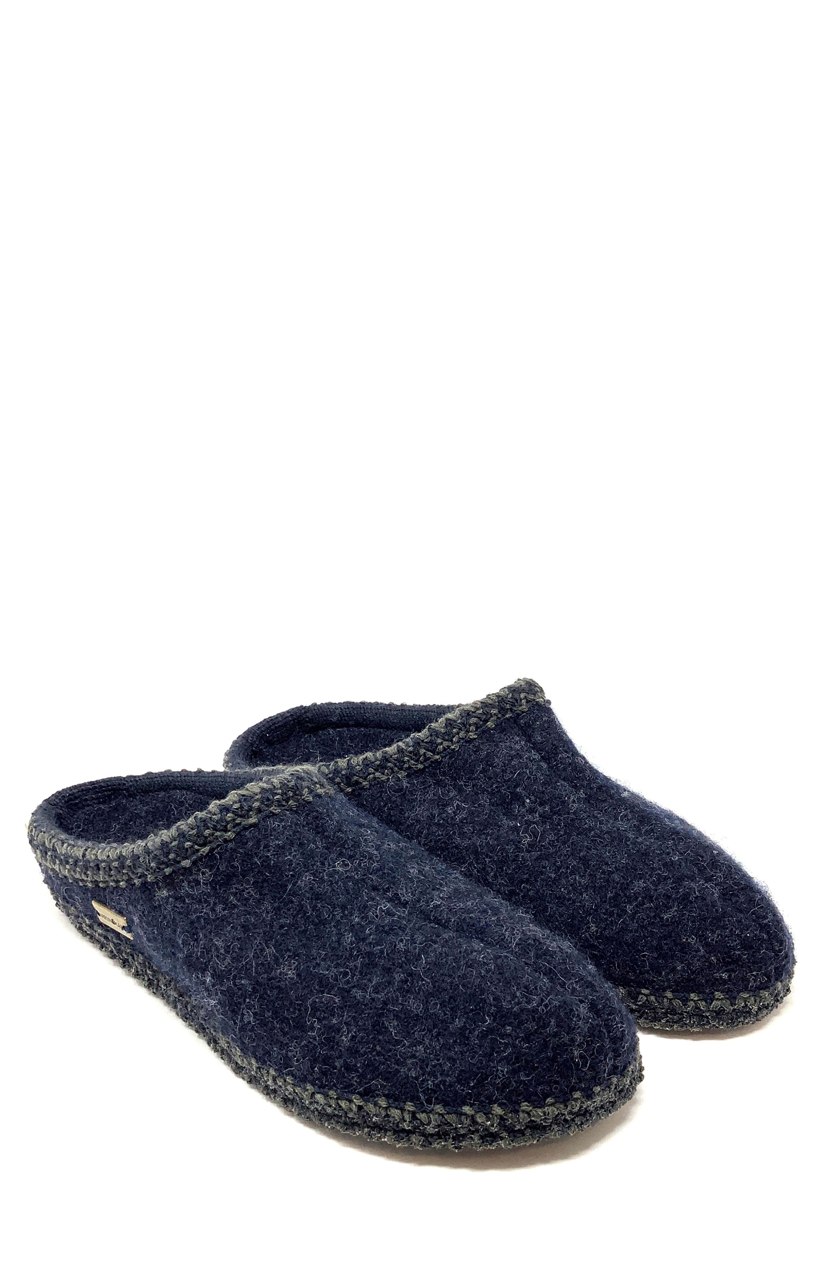 As Wool Slipper
