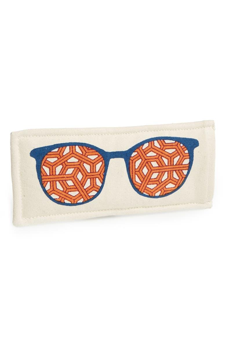 THOMAS PAUL 'Clark' Sunglasses Case, Main, color, 600