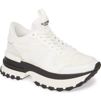 Valentino Garavani Rockrunner Sneaker - White