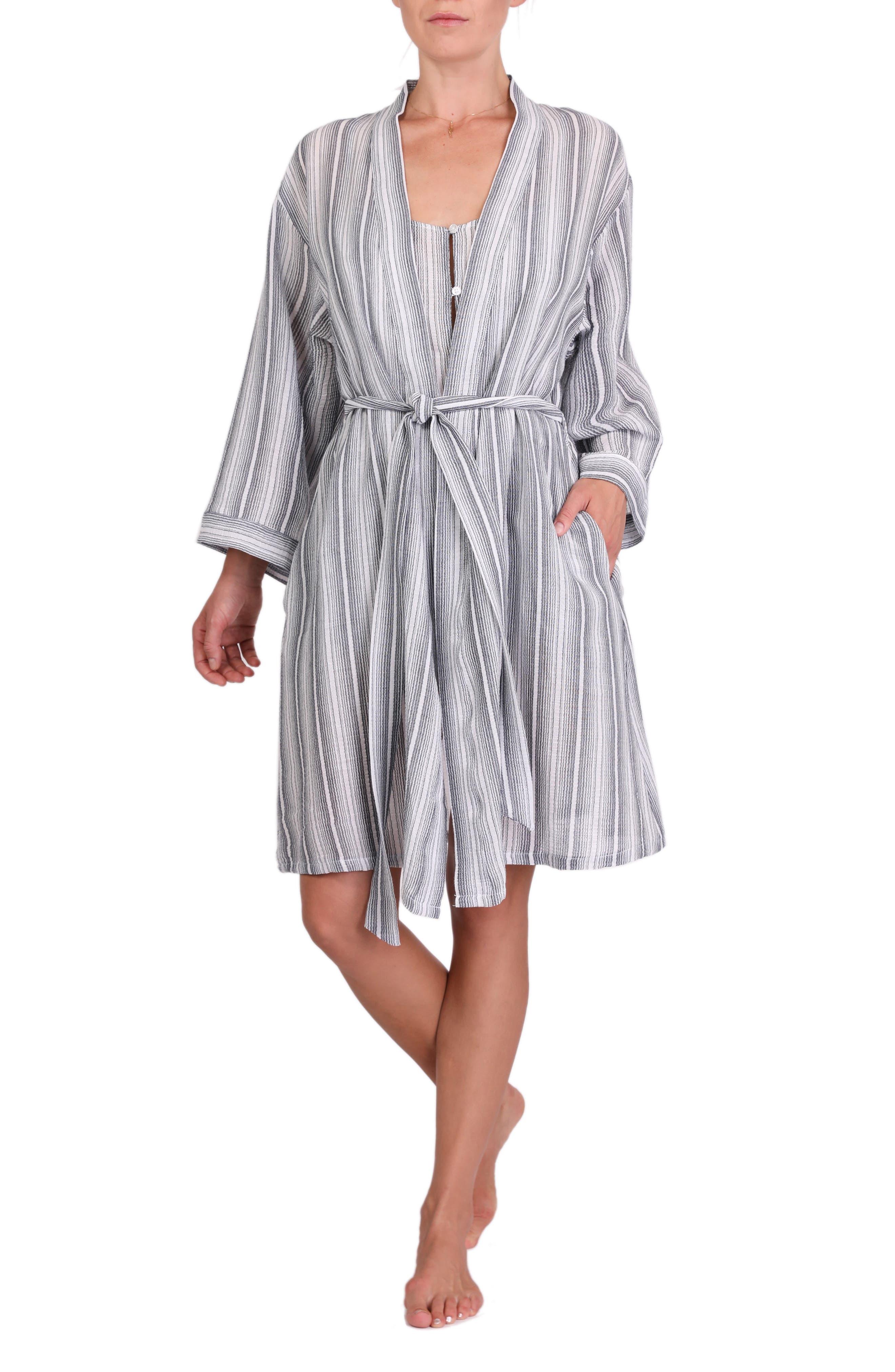 Misty Short Robe