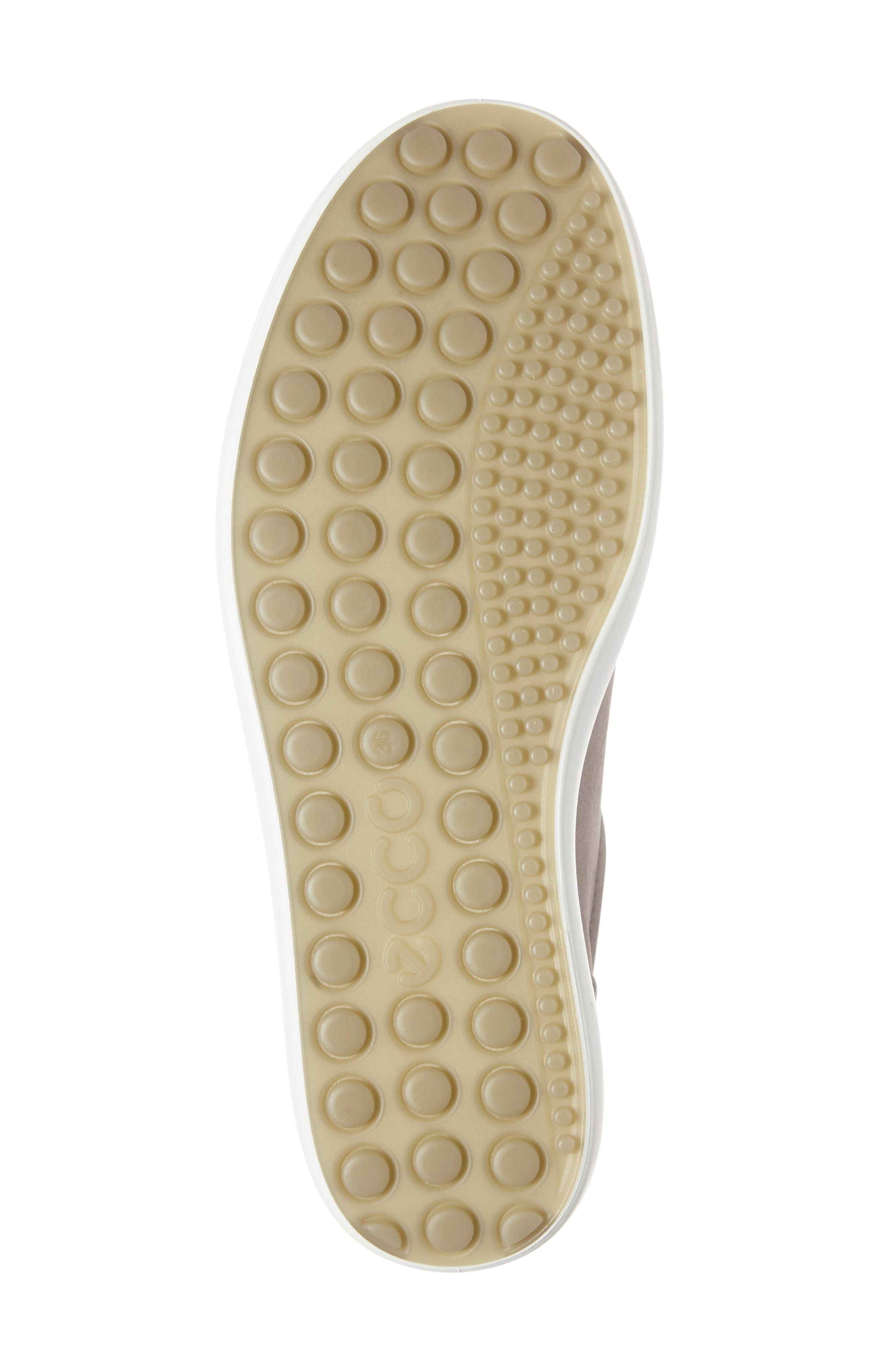 ,                             Soft 7 Sneaker,                             Alternate thumbnail 223, color,                             062