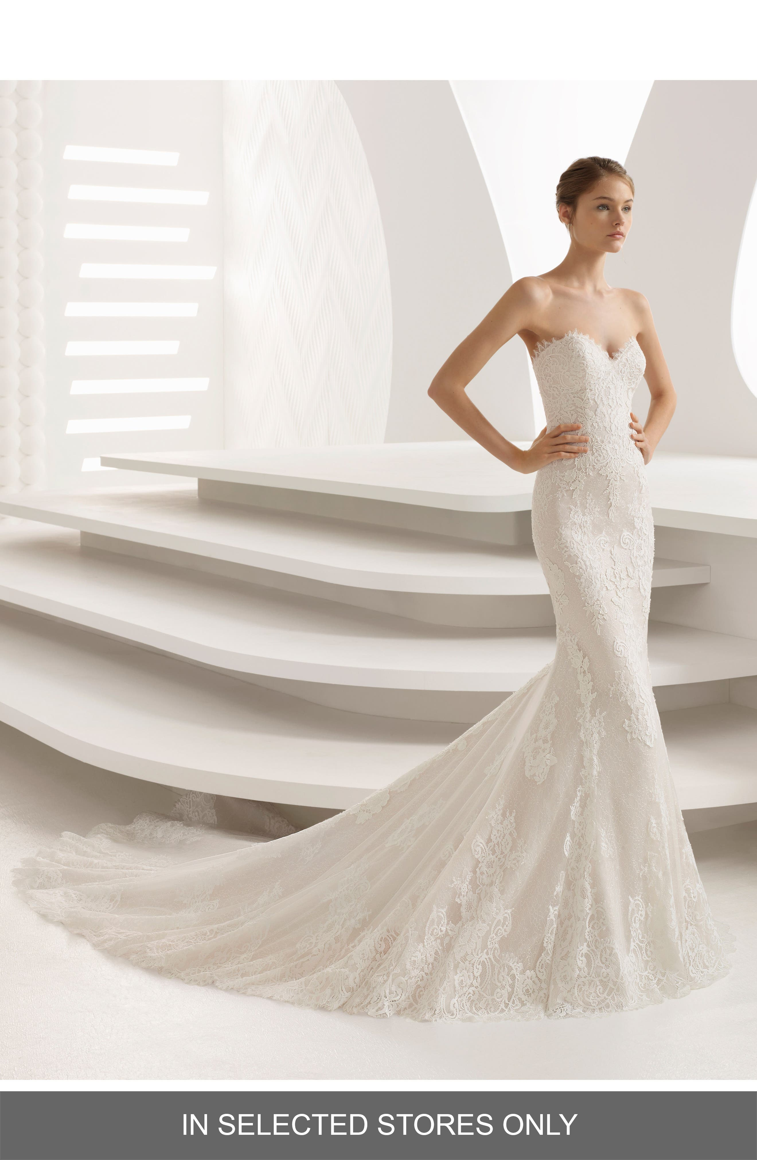 Rosa Clara Abril Strapless Sweetheart Lace Mermaid Gown, Size - Ivory