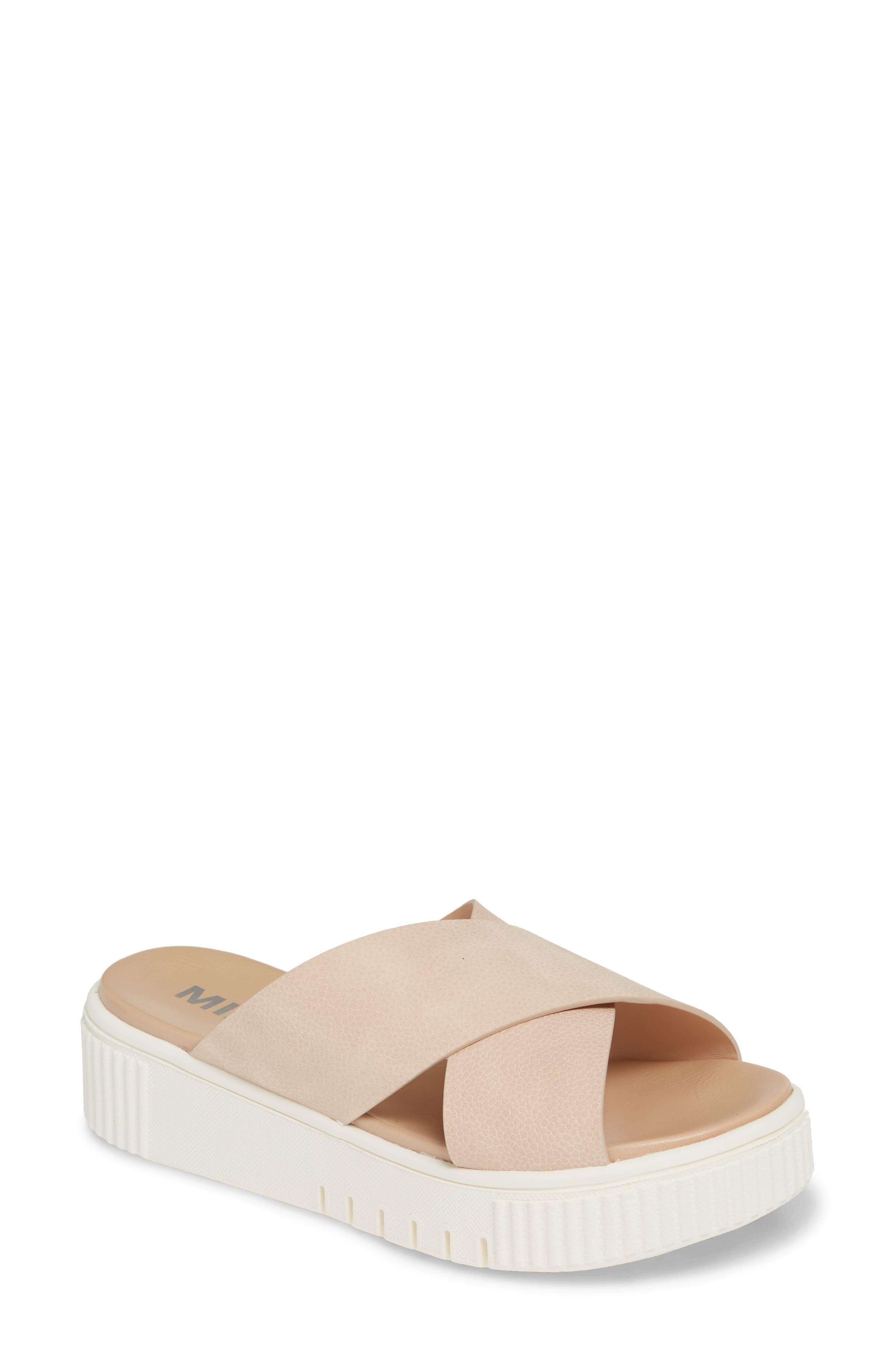 Mia Lia Platform Sandal, Pink