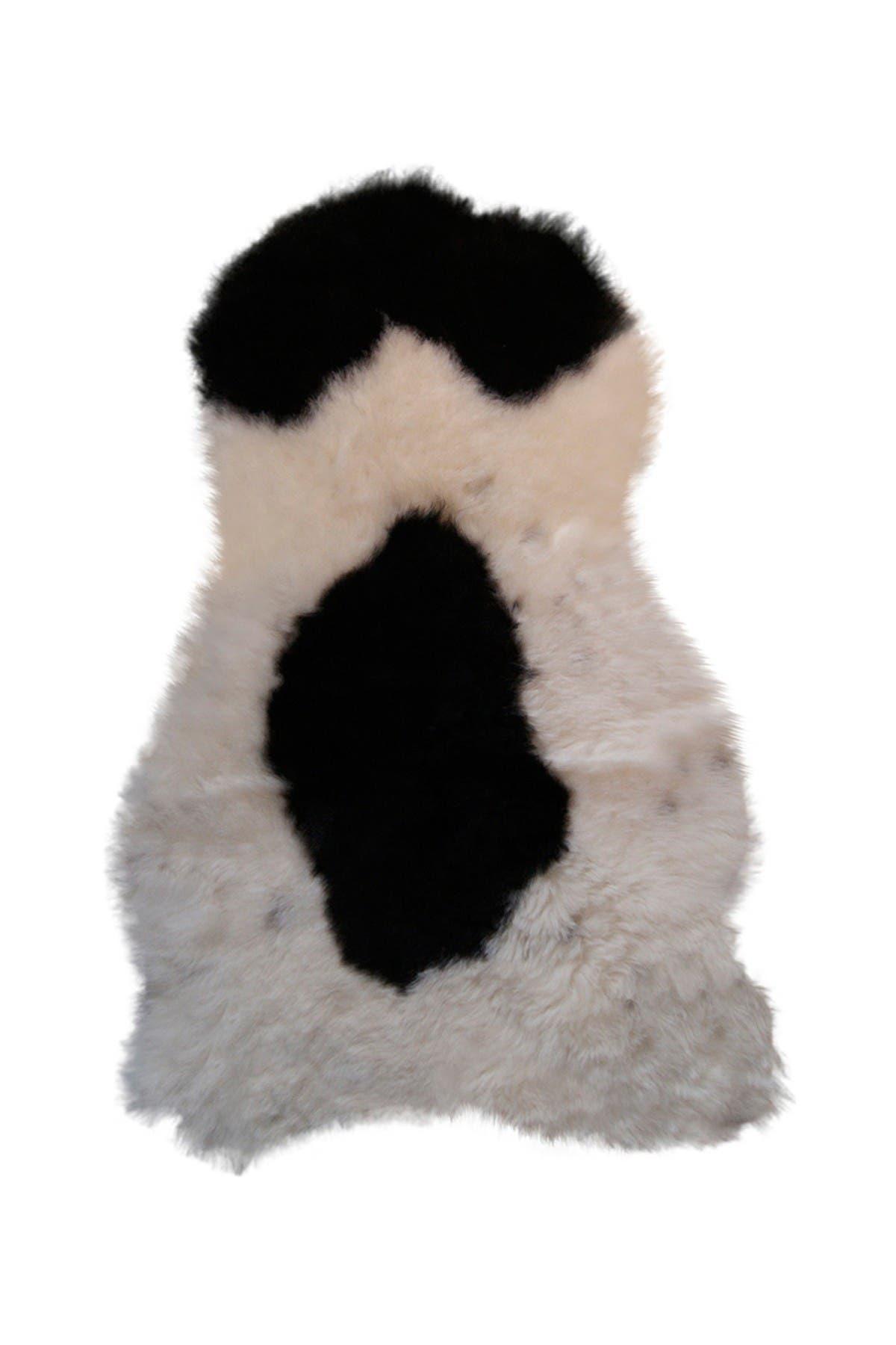 Image of Natural Icelandic Genuine Sheepskin Single Sheared Rug - Spotted