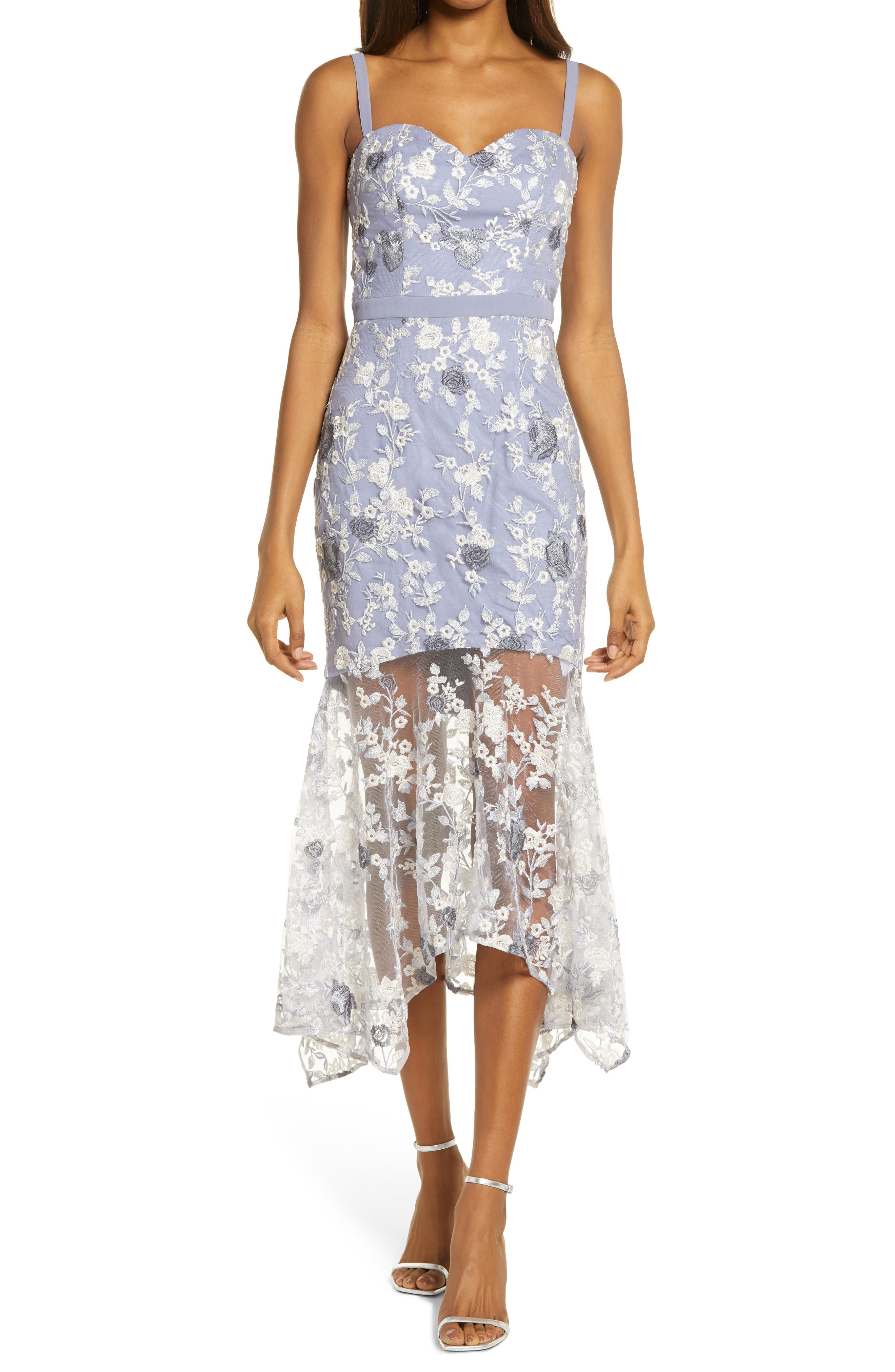 Embroidered Lace Sleeveless Body-Con Dress