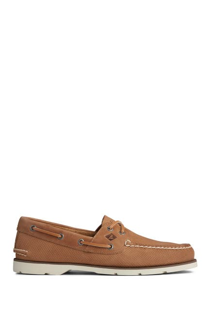 Image of Sperry Leeward 2-Eye Leather Boat Shoe