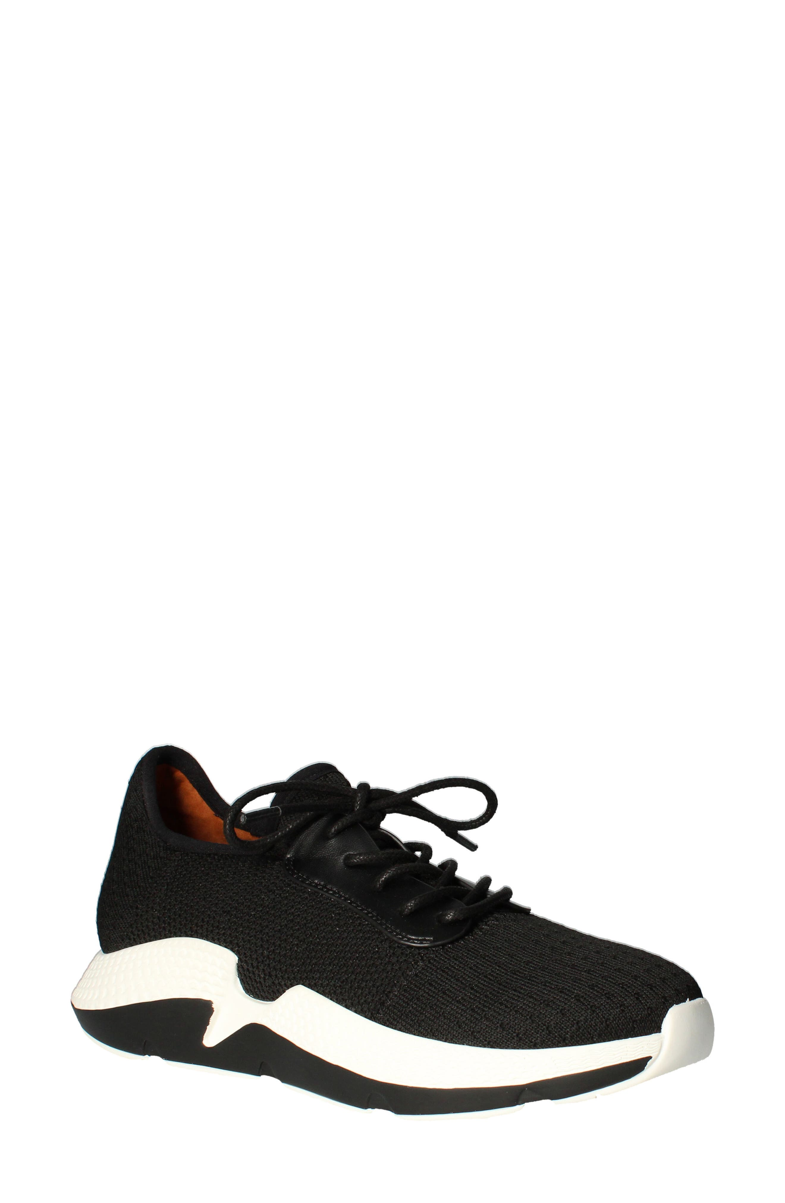 Hanava Sneaker