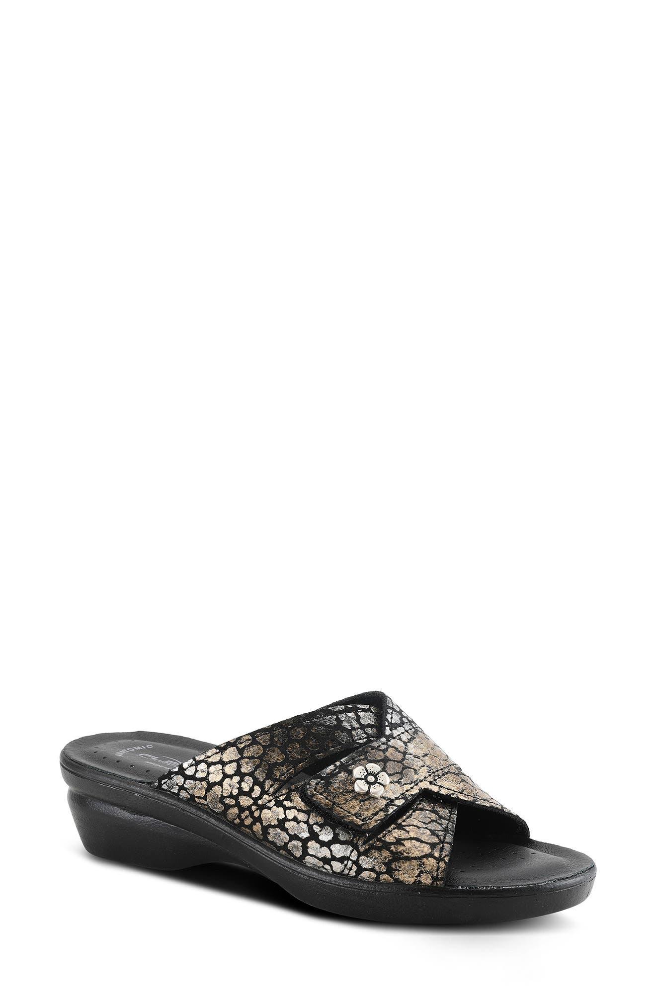 Fedame Slide Sandal