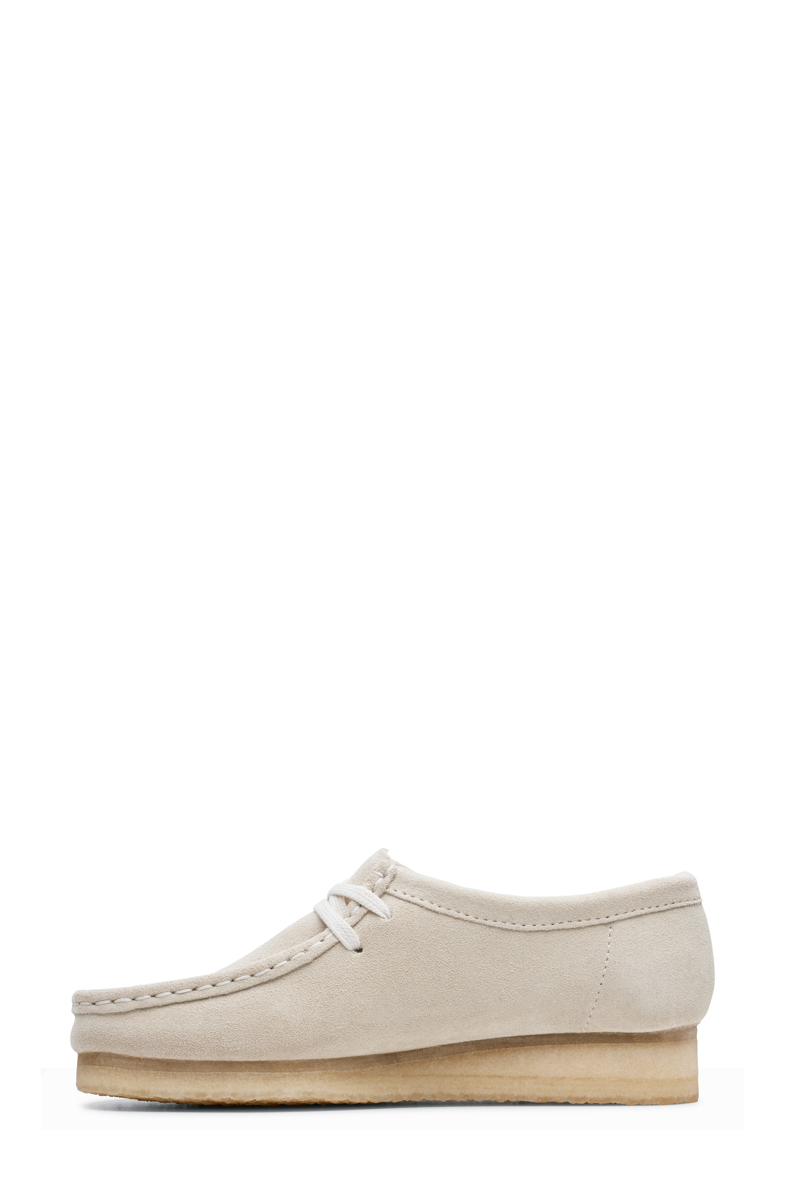 ,                             Wallabee Chukka Boot,                             Alternate thumbnail 7, color,                             OFF WHITE SUEDE