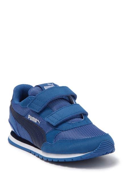 Image of PUMA ST Runner V2 Sneaker
