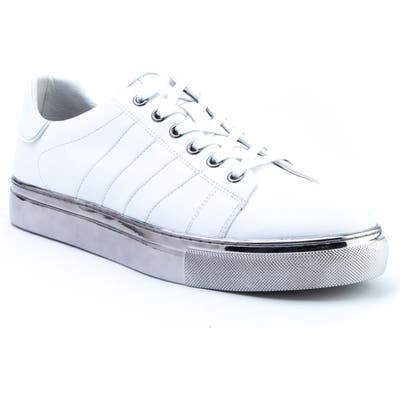 Badgley Mischka Brando Sneaker- White