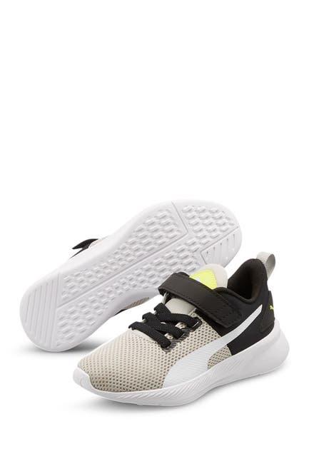 Image of PUMA Flyer Runner Color Twist V Sneaker