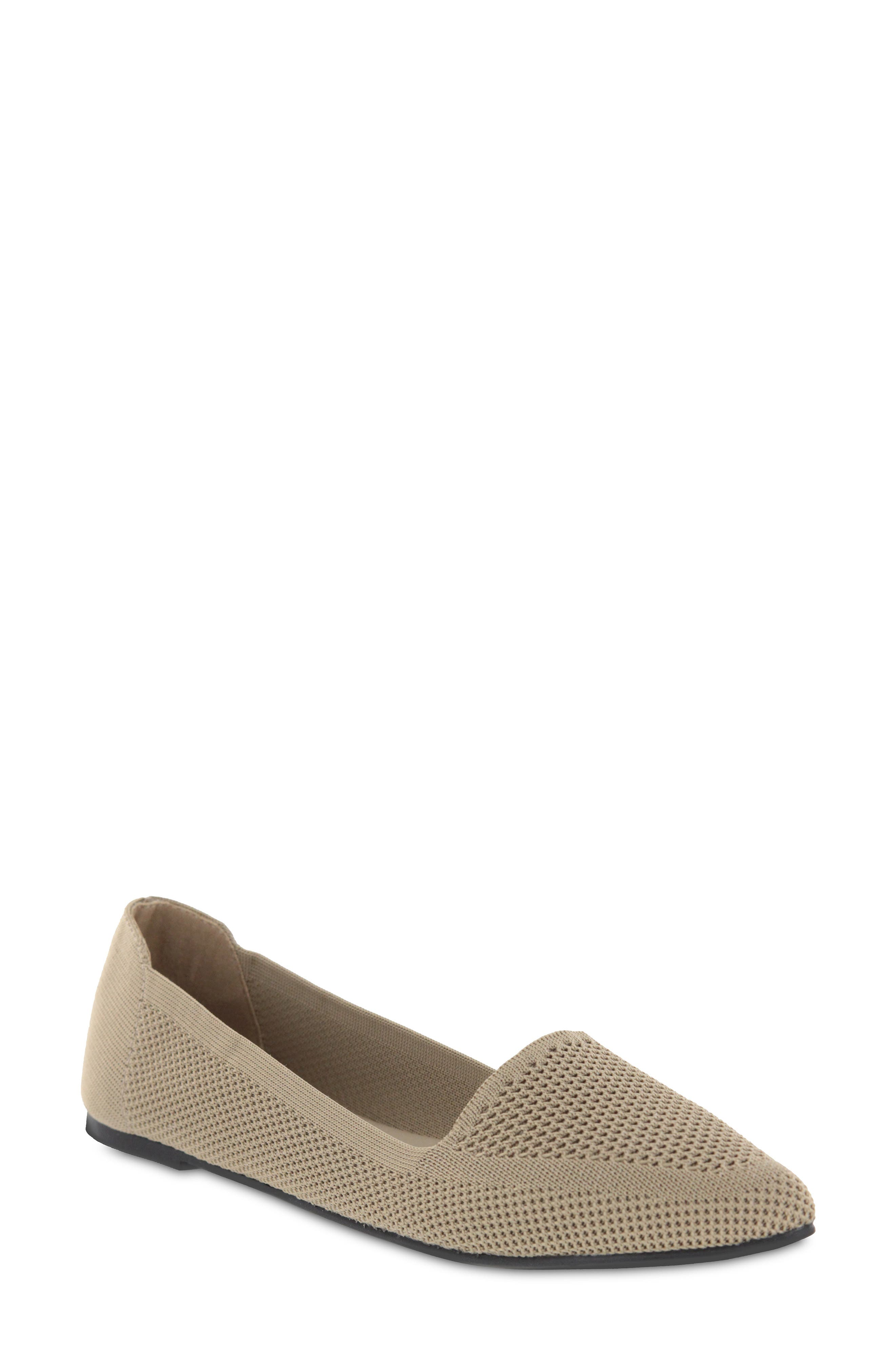 Corrine Knit Flat