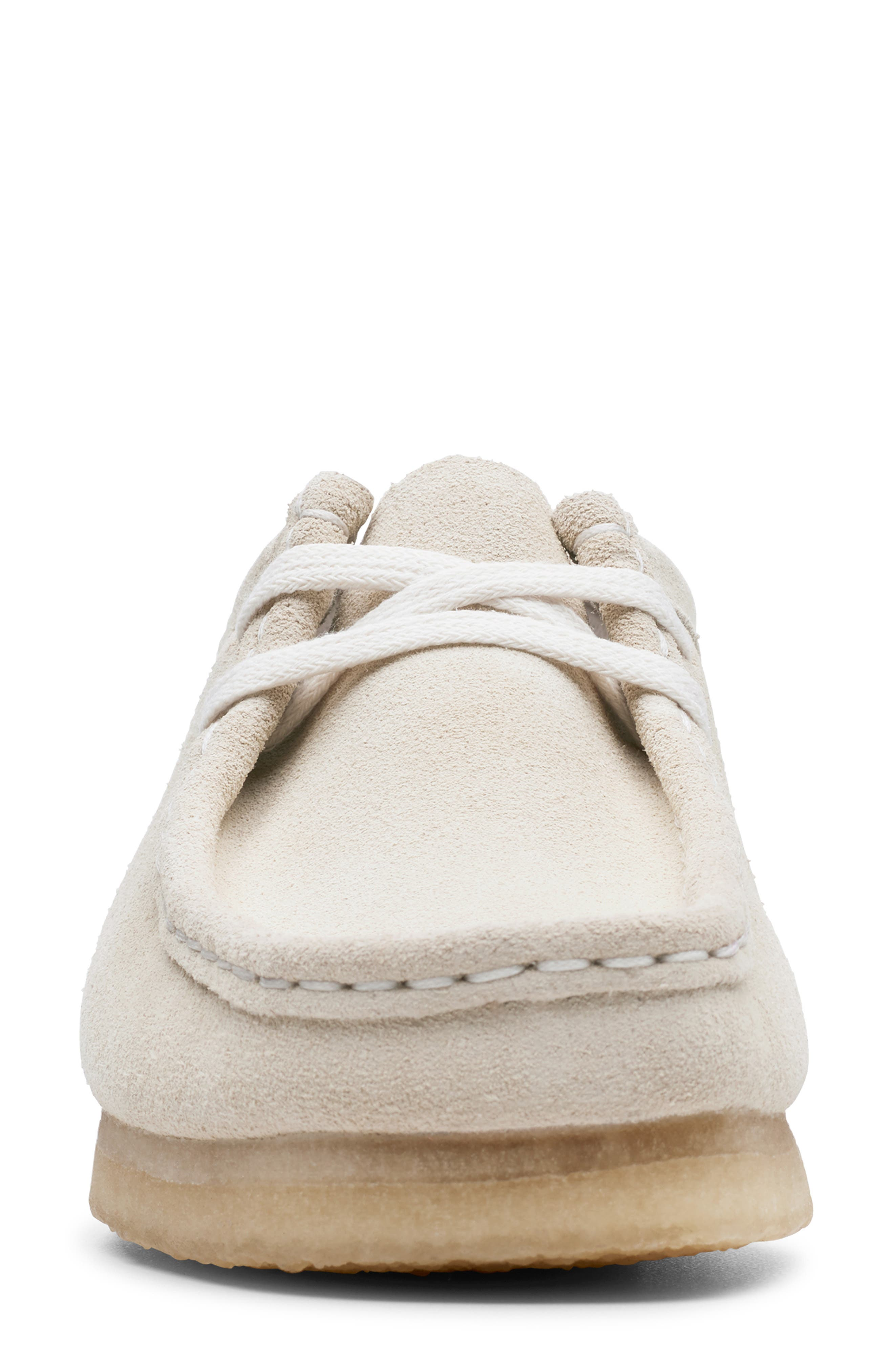 ,                             Wallabee Chukka Boot,                             Alternate thumbnail 3, color,                             OFF WHITE SUEDE