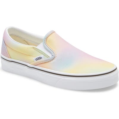 Vans Classic Slip-On Sneaker, Yellow
