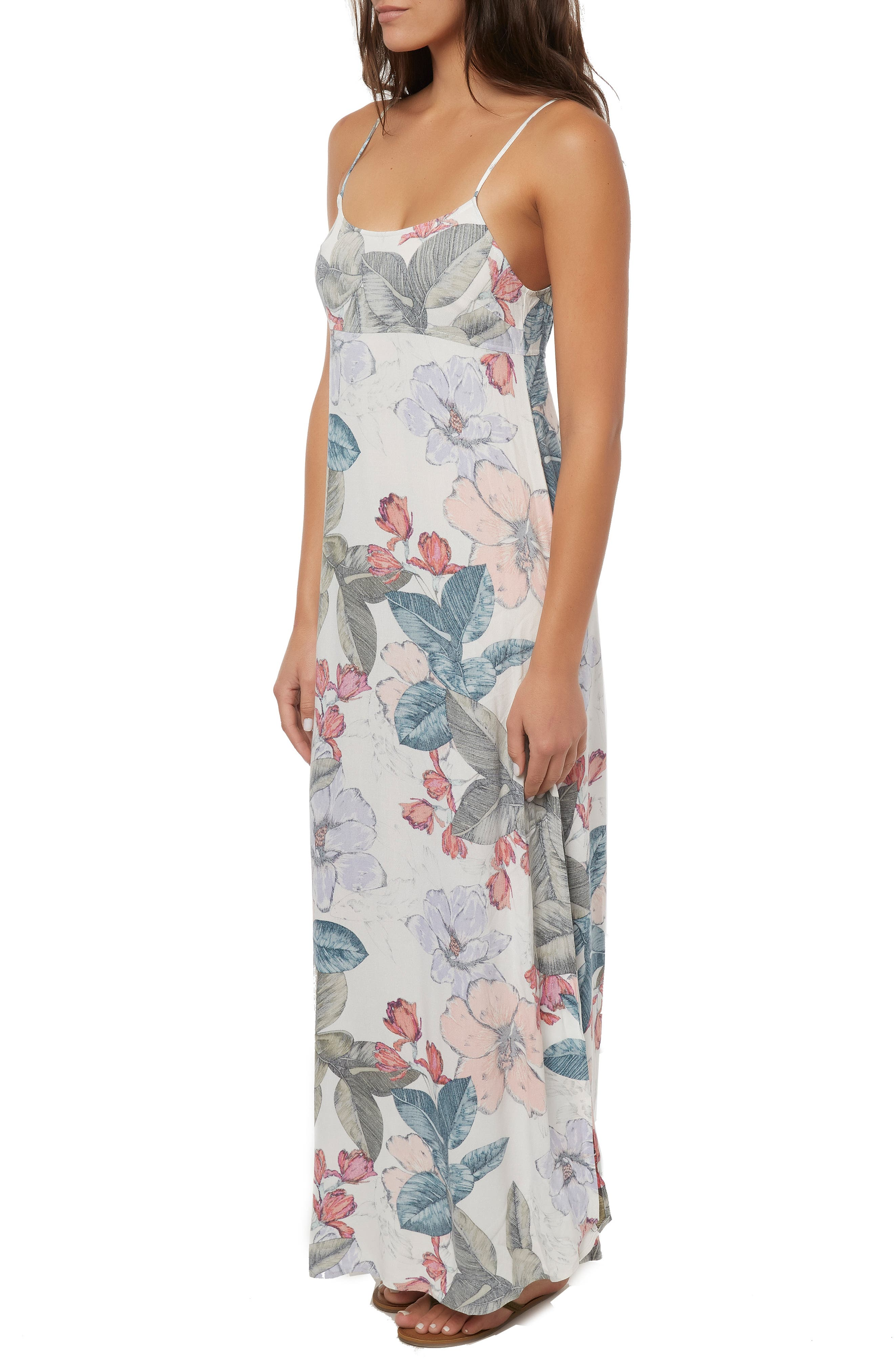 ,                             Koinne Floral Print Maxi Dress,                             Alternate thumbnail 3, color,                             900