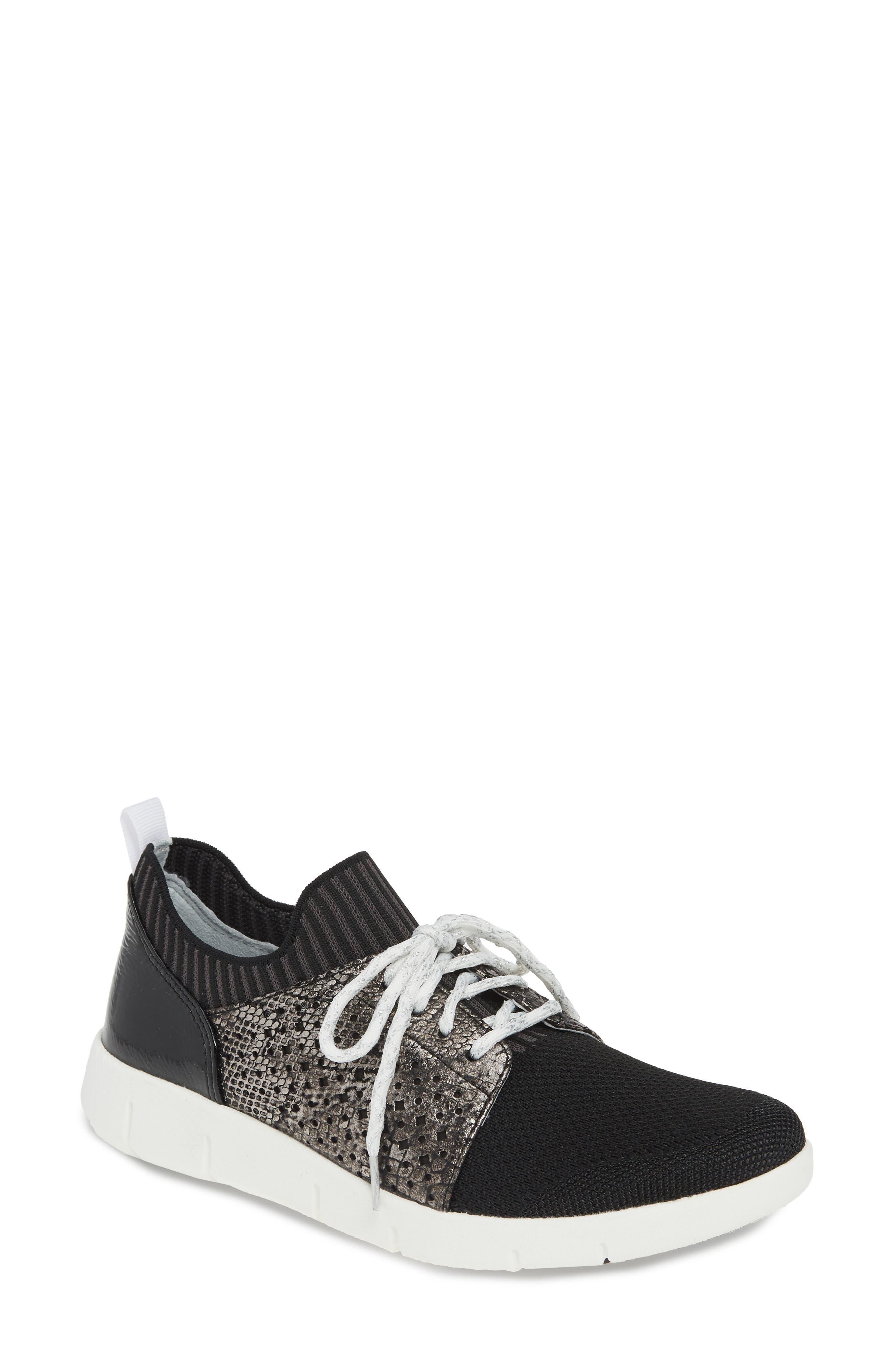 Johnston & Murphy Tamara Sneaker- Black